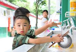 赣州儿童军事特训营的安全保障服务怎么样?