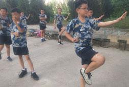 为什么要参加8岁野外生存夏令营?