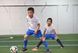 参加2020年北京暑假足球夏令营费用多少钱?