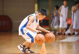 报名2021南宁青年篮球训练营享受激情的夏日!