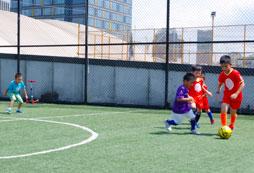 参加2020年青少年暑假足球训练营体验赛级感受!