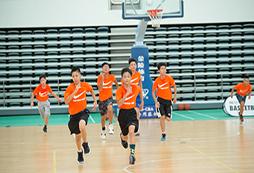 上海篮球训练营给你带来沉浸式教学体验!