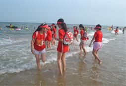 参加2020青少年乒乓球夏令营走近国际巨星!