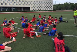 暑假应不应该让孩子参加上海足球训练营?
