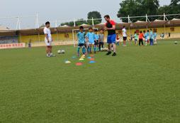 广西青少年足球夏令营带来专业足球教育!