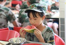 为什么要参加哈尔滨中学生军训夏令营?
